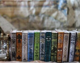 "Dollhouse miniature ""GREAT EXPLORERS "" books set"