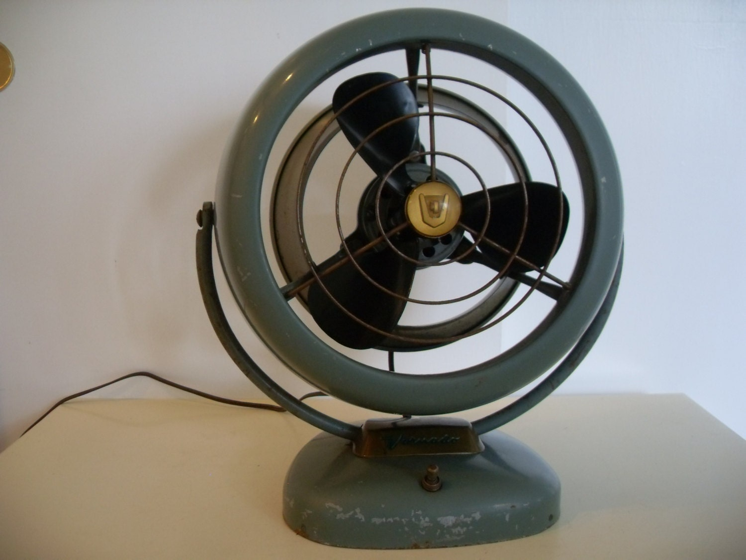 Best Table Top Fan : Vintage vornado table top fan