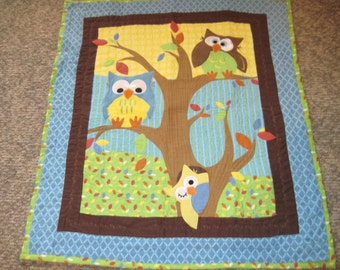 Whooo's hiding baby and/or toddler quilt