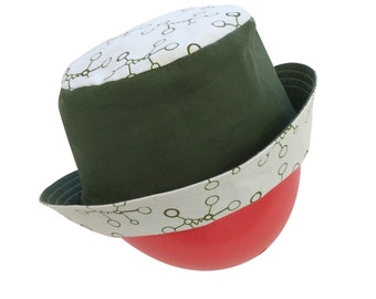 Green Molecules Reversible Bucket Hat