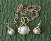Crown Trifari Brushed Gold with Large Faux Pearl on a Long Chain  with Matching Earrings