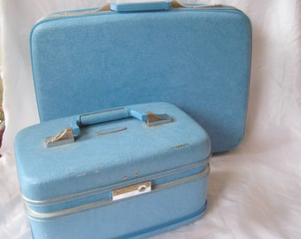 Aqua blue vintage luggage set, two piece set of suitcases, Airway luggage, carry on luggage, train case, hard suitcase