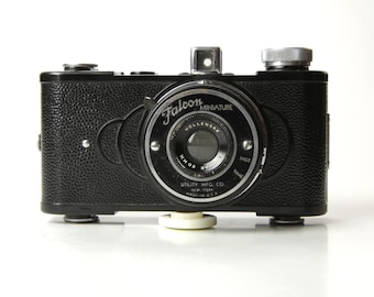 ART DECO Style Falcon Camera Miniature - 1940's Made in New York