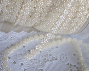 Pearls Daisy String Trim, Wedding Trim