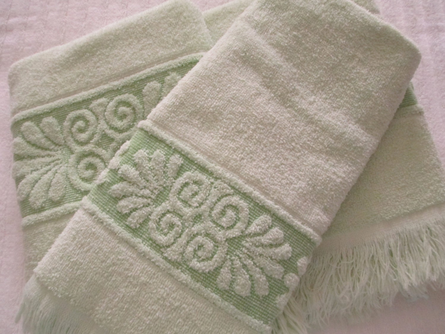 ragabjv.gq: lime green bath towels. From The Community. Amazon Try Prime All Goza Towels Cotton Hand Towels, 16 by 28 inch (4 Pack) (Light Green) by Goza Towels. $ $ 14 99 Prime. FREE Shipping on eligible orders. Only 10 left in stock - order soon. out of 5 stars Product Features.