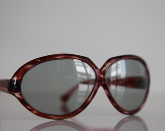 Vintage 70s Oversized  Crystal Red-Brown  Frame, Crystal Gray-Green Lenses. Rare Piece.