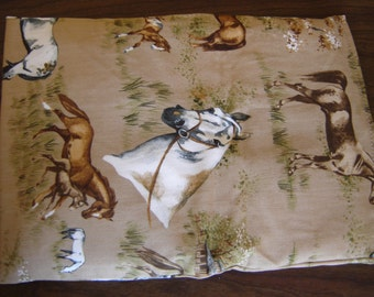 Horses Pasture Print Back Warmer Corn Cozie