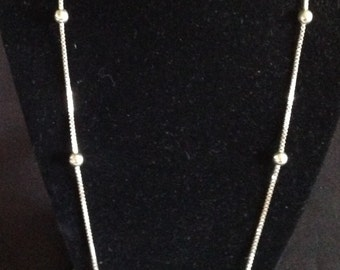 Vintage Sterling Silver Ball Necklace   ( 925)