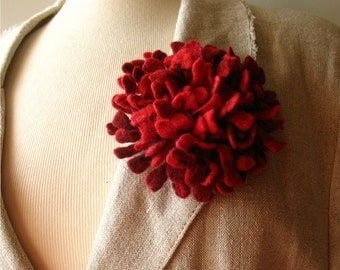 Felted flower brooch red Hand felted Dahlia flower brooch Felt brooch Merino wool brooch Felt jewelry Ready to ship