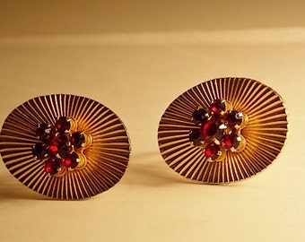 Vintage Karu ARKF Screw Back Earrings
