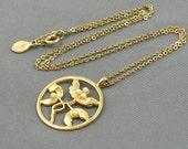 Vintage AVON Round Floral Pendant Necklace. Flower Pendant Faux Pearl Accents. Vintage Avon Jewelry. Avon Necklace