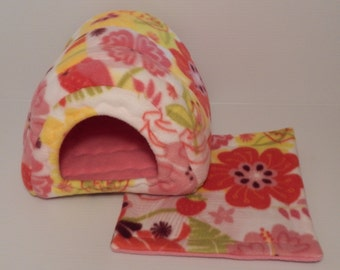 Cavy Shack in Tropical with Bubblegum Pink