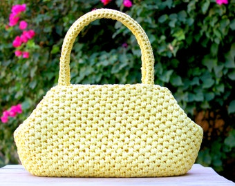 Vintage Sunny Yellow Straw Handbag