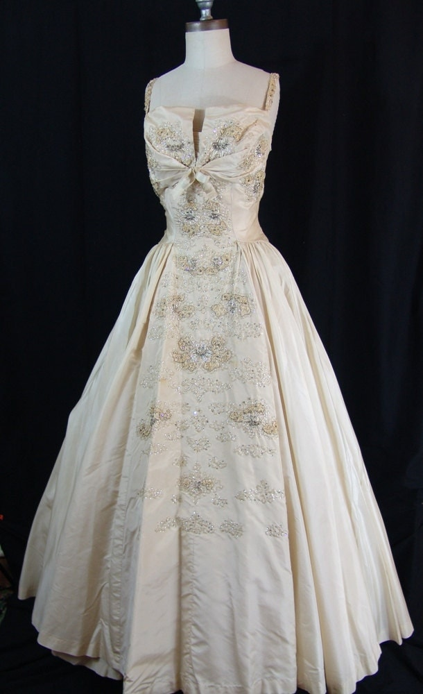 sale 1950s majestic haute couture wedding gown haute juice