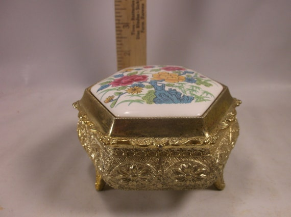 Music Box Vintage Small Wind Up Jewelry Trinket Box Hinge