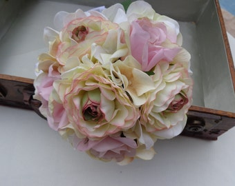 Flower girl bouquet n pink and ivory