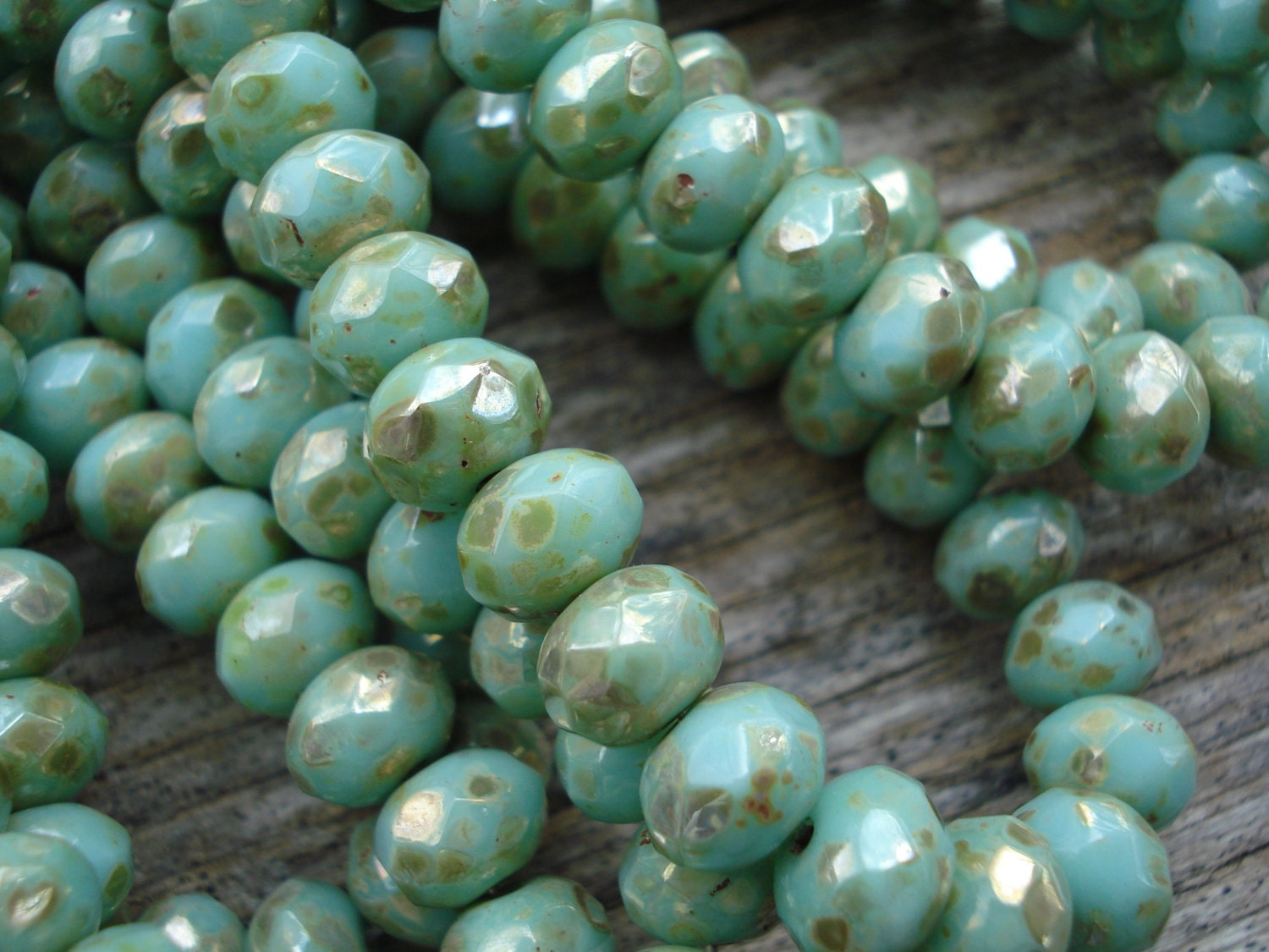 mint picasso rondelle beads turquoise green czech rondelles with picasso finish 7x5mm from. Black Bedroom Furniture Sets. Home Design Ideas