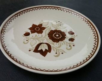 On Sale Royal China Nutmeg Cavalier Ironstone 10 inch Dinner/Chop Plate Vintage Kitchen