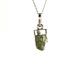 Moldavite necklace - meteorite necklace - crystal necklace - healing chrysolite - a silver set green moldavite on a sterling silver chain