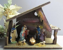 Nativity set / nativity scene / Christmas nativity set / nativity wood stable / aged vintage nativity scene / birth of Christ / Holy Family