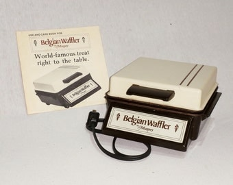 Belgian Waffle Maker Electric 70s IT435 FRBF2 DeAnnasAttic