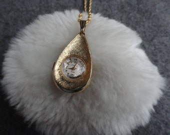 Pretty 17 Jewels Mepa Wind Up Necklace Pendant Watch