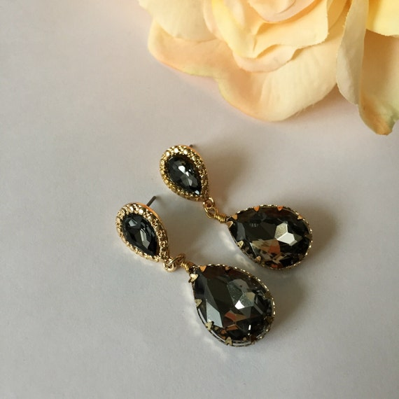 black tear drop bridal earrings