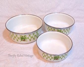 Vintage Enamel Bowl Set