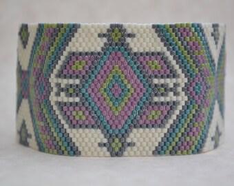 Peyote Bracelet, Seed Bead Bracelet, Beaded Bracelet, Delica Bracelet, Bracelet, Beaded Cuff, Handmade