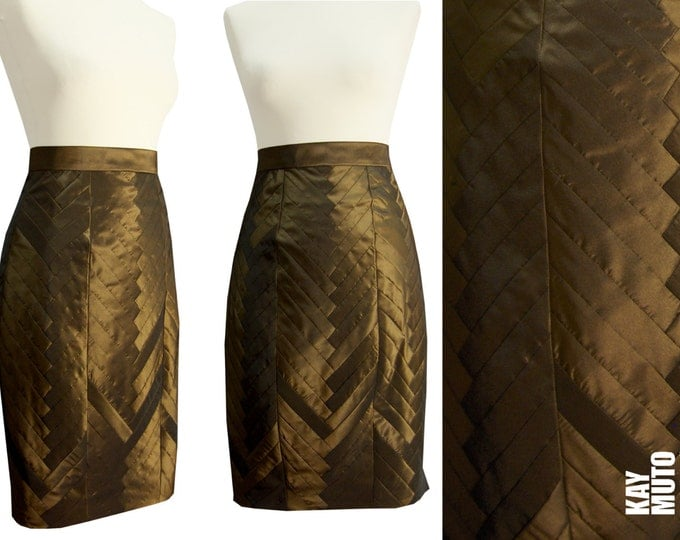 Sale 40% Figure-flattering pencil skirt brass