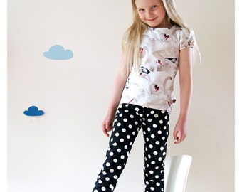 organic cotton leggings   black and white dots
