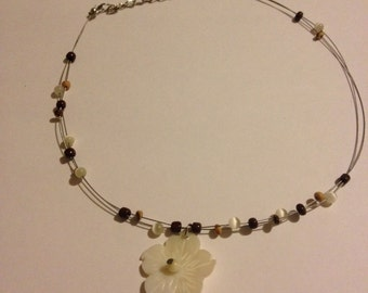 carved shell flower necklace