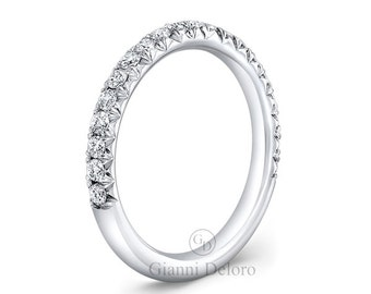 Women's French Pave Wedding Band with 0.47 ct.tw Round brilliant diamonds