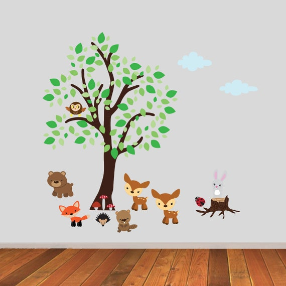 tree with woodland animals wall stickers tree wall decals. Black Bedroom Furniture Sets. Home Design Ideas