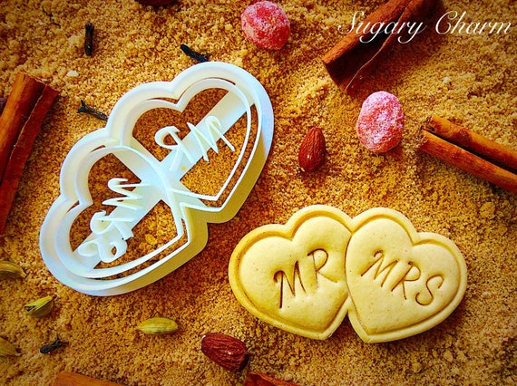 Wedding hearts Mrs&Ms cookie cutter