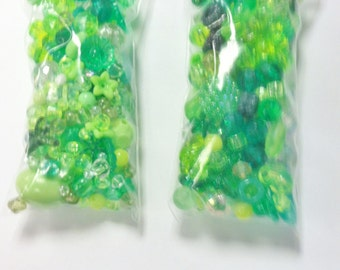 DESTASH - Green Plastic Bead Mix