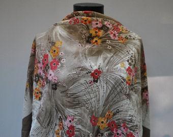 Vintage PRINTED silk scarf...(892)