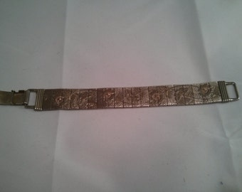 Vintage Collection - Floral Silver Metal Color Bracelet