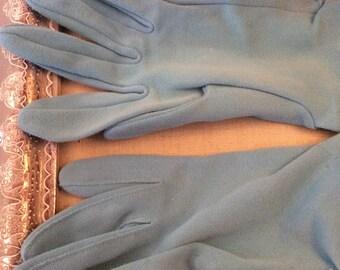 Vintage Robins Egg Blue Wrist Gloves with elastic stretch gathers on sides