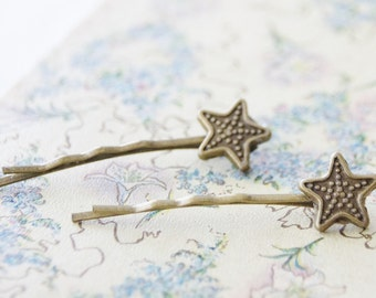 Starfish Hair Clips / Antiqued Brass Star Hair Pins / Beach Wedding hair / Starfish Hair Accessories / Nautical Hair / Set of 2 Bobby Pins