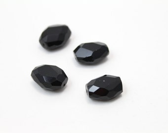 Faceted Black Crystal Beads Oval Shaped 18x15mm 4pcs