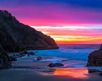 California Coastline Sunset Seascape Photograph of the Beautiful San Francisco Bay Flowing into the Pacific Ocean - Red, Orange, Yellow