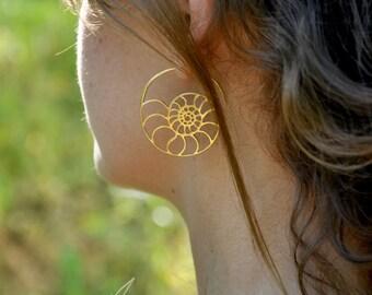 Ammonite fake gauge earrings / Nautilus earrings/ spiral earrings / hoop ammonite fake gauge