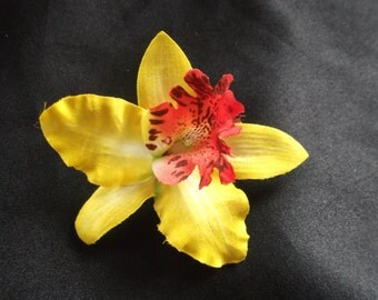 1940's/1950's Pin Up Orchid Hair Flower on Clip
