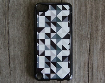 Black White Gray Geometric iPod Touch 5 case and iPod Touch 4 Case,iTouch 5/4 Rubber Case