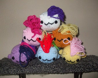 Flop-style My Little Pony plushie