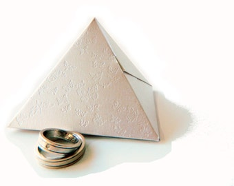 20 Pyramid favor boxes - Wedding Favors - Ivory Shimmer Cardstock  - Butterfly Deboss - 3.07 x 2.36 (h)