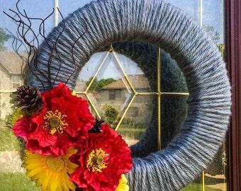"Gray Yarn Wreath, Year Round, Poppies and Daisies, 14"""
