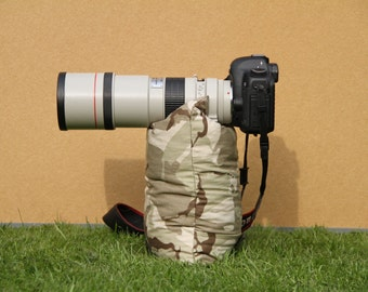Unfilled Camera and Lens Bean Bag. Camera Bean Bag British Desert Camouflage fabric UNFILLED, size M 35 x 22 cm or 9 x 14 in