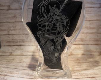 Vase with engraved Samurai